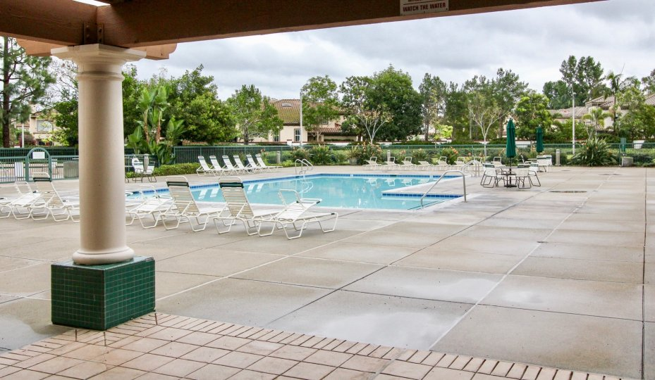 the orchards is a amazing swimming pool of the tustin city in california