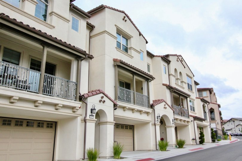 Balconies on top of garages in Palisades at Vista Del Verde Yorba Linda, CA
