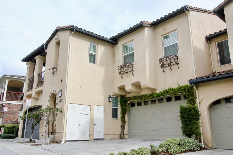 This is a picture of a multi-family house in Yorba Linda, CA