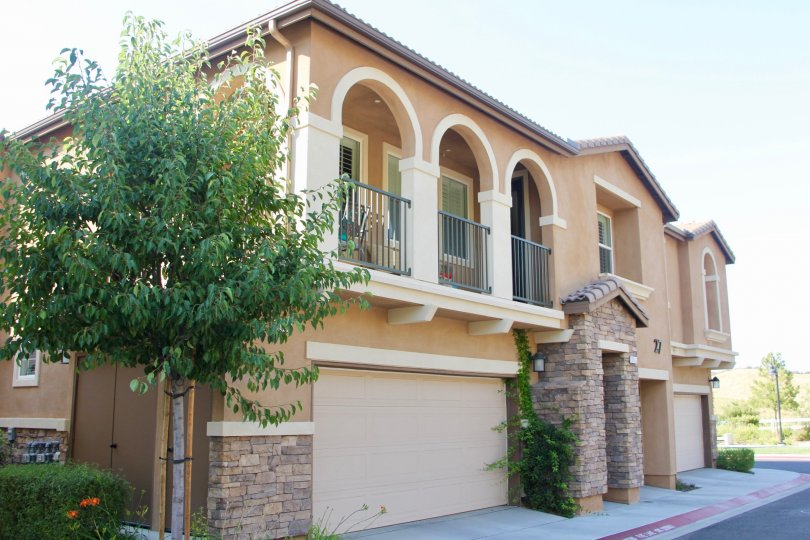 Exterior of a large single family home in the Bel Vista community of Temecula California