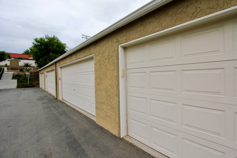 Villas with good carparking in Highland Townhomes in Carlsbad