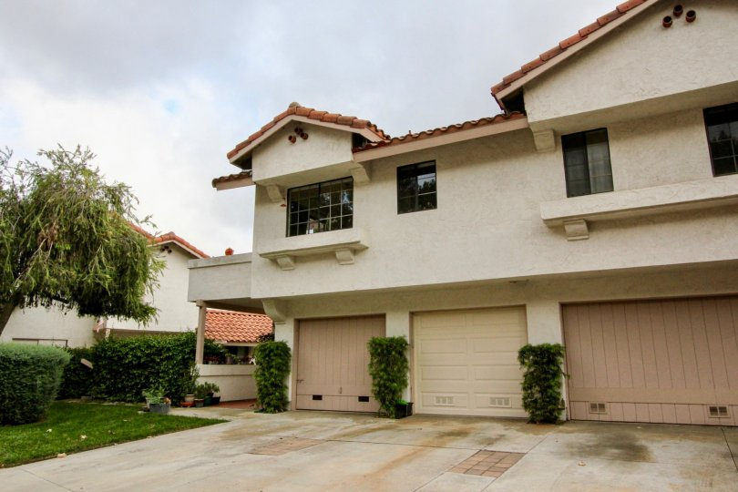 Nice looking villa with garden and parking in Meadowridge of Carlsbad