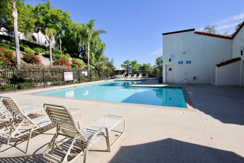 Beautiful Whit condo Fully Gated Community with a beautiful pool
