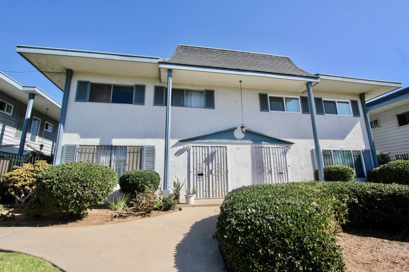 A beautiful House in Chula Vista with green Lawn in front