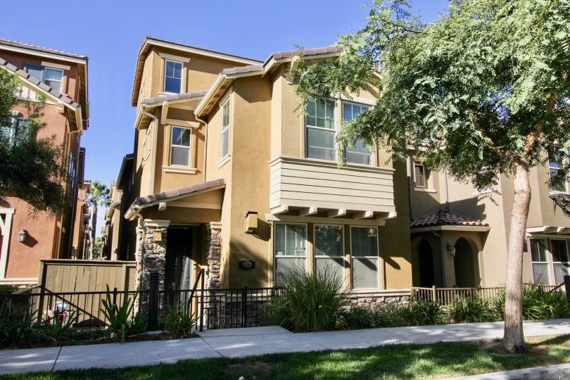 Beautiful condo three story with gated in nice Community