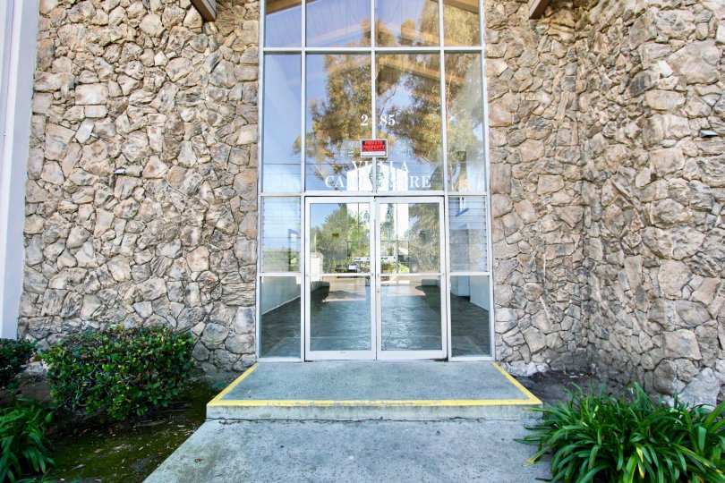 Excellent Glass door at the front of a villa with garden in Villa Campestre of Chula Vista