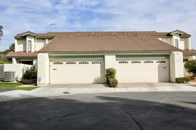 Garage vewi of a white house in Windsor View chula vista in california