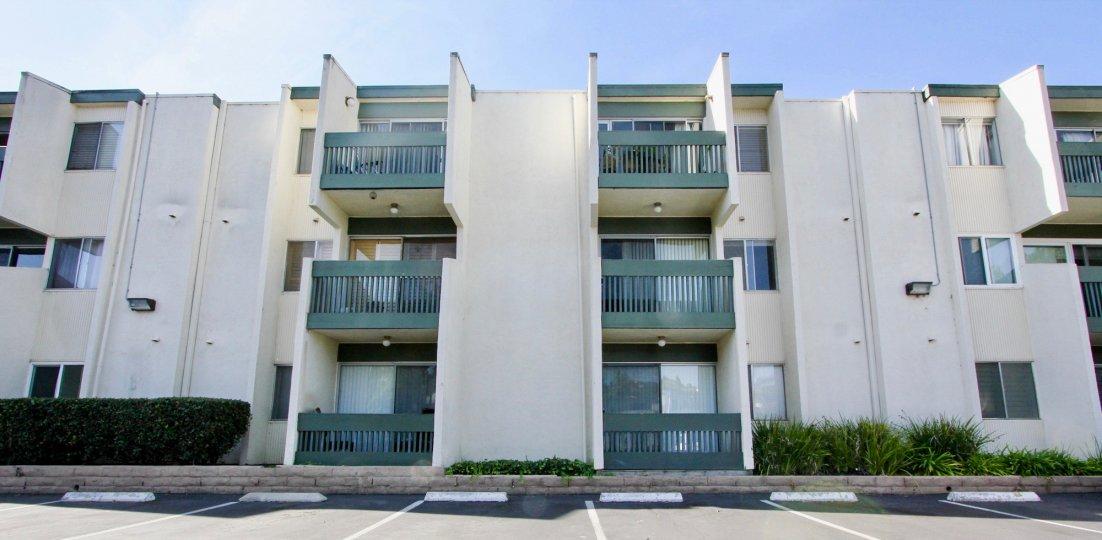 : Bay Ho,Clairemont Mesa , California,white building,balcony