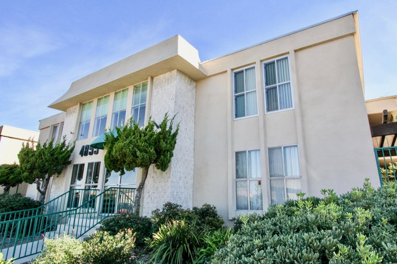 Apartment front side at Cole Manor South Clairemont Mesa California