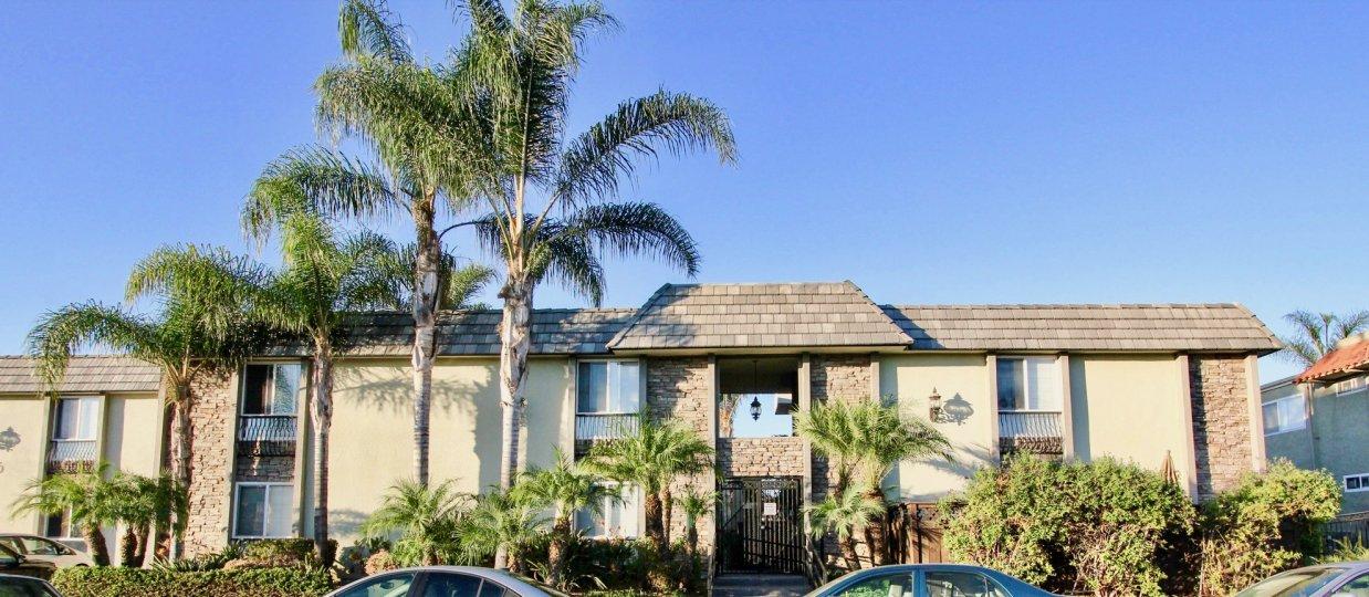 Beautiful Heritage Park West Apartments in Claremont Mesa, California
