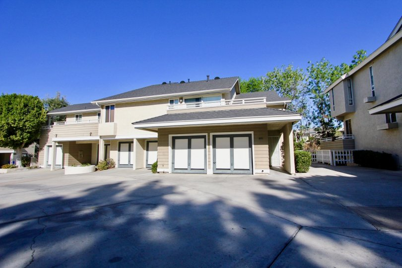 Beautiful house in Canyon Trails  with beautiful windows, a 2 car garage, and gorgeous architecture.  large cement driveway.