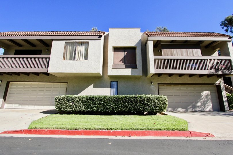 Gorgeous white sandstone home, Montezuma Townhomes, College Area California