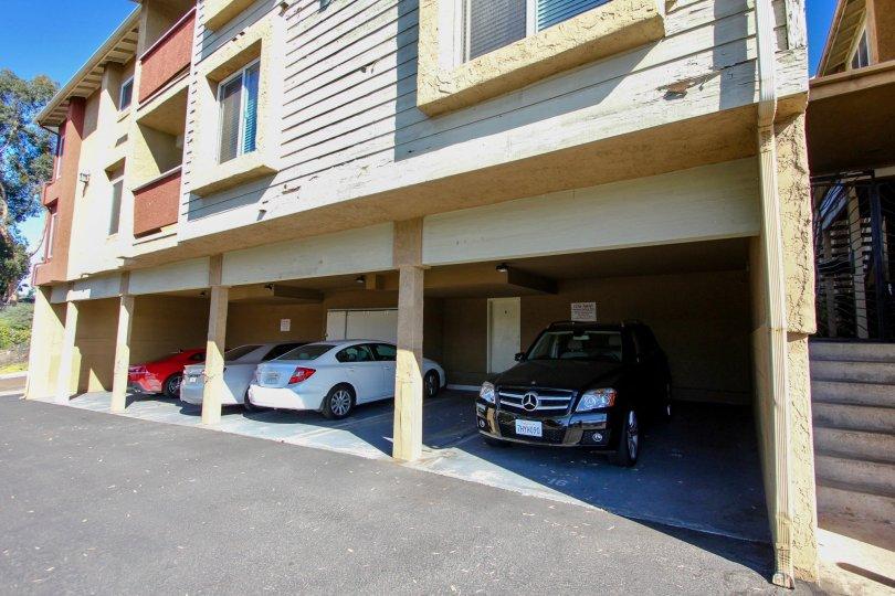Saranac Villas ,College Area  , California, car parking, road
