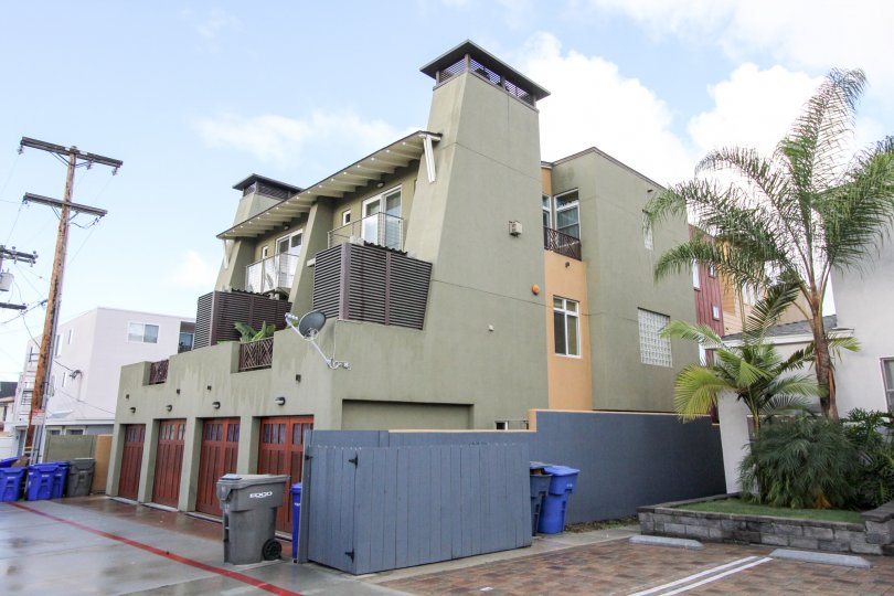Clean and well kept two story condos in Coronado, CA privacy and close to the beach