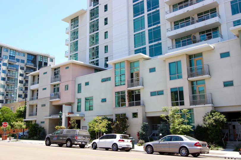 The street view of an apartment complex in Acqua Vista Downtown San Diego CA.