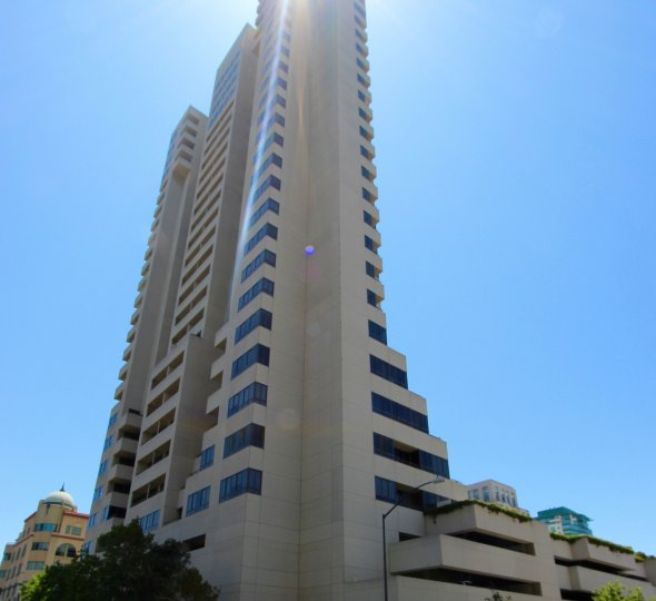 Meridian, City: Downtown San Diego, a tower like building with many floors