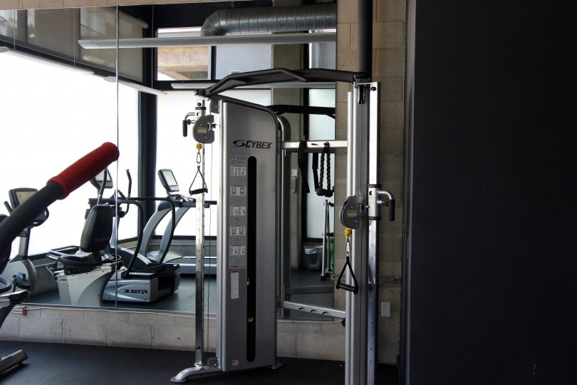 It looks like a gym which have the lot of exercising equipments and weighing machine in The Lofts @ 777 Sixth