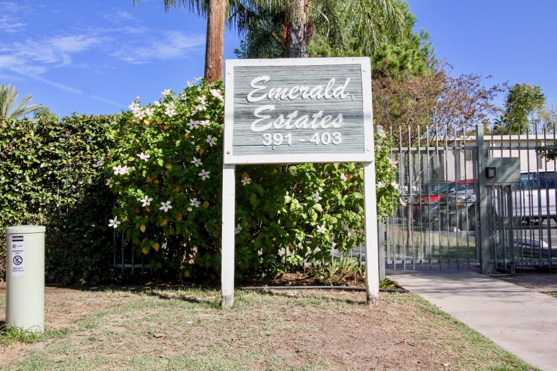 Emerald Estates is a well maintained complex with playground and picnic area