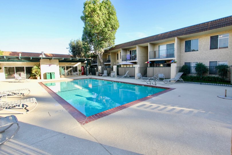 Large swimming pool area in Sunterra, El Cajon, CA