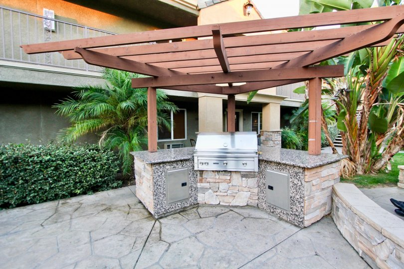 BBQ area near residential units at Villa Grigio in El Cajon California