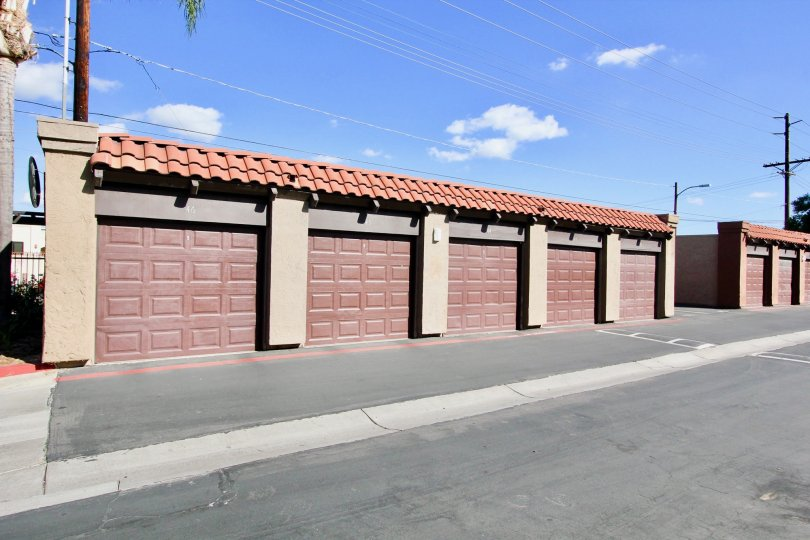 Parking garages along a driveway at Artesia in Escondido California