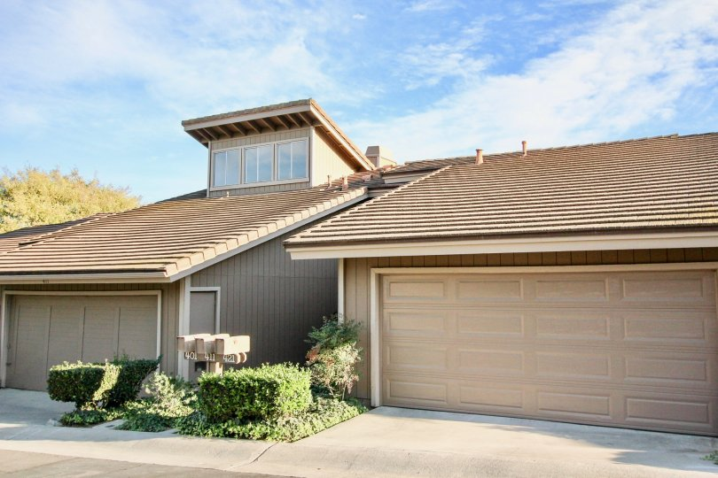 Home with attached garages and driveways at Morningside Woods in Escondido California