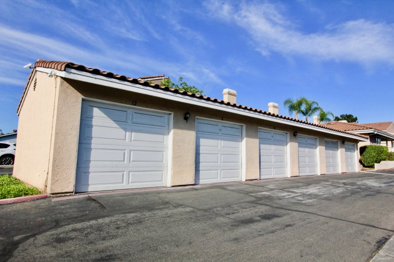 Driveway and garages at Mountain View Villas in Escondido California