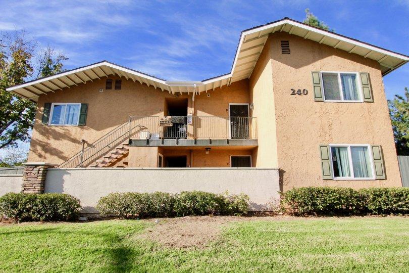 A blue sky above a building in the Sunridge complex in Escondido CA
