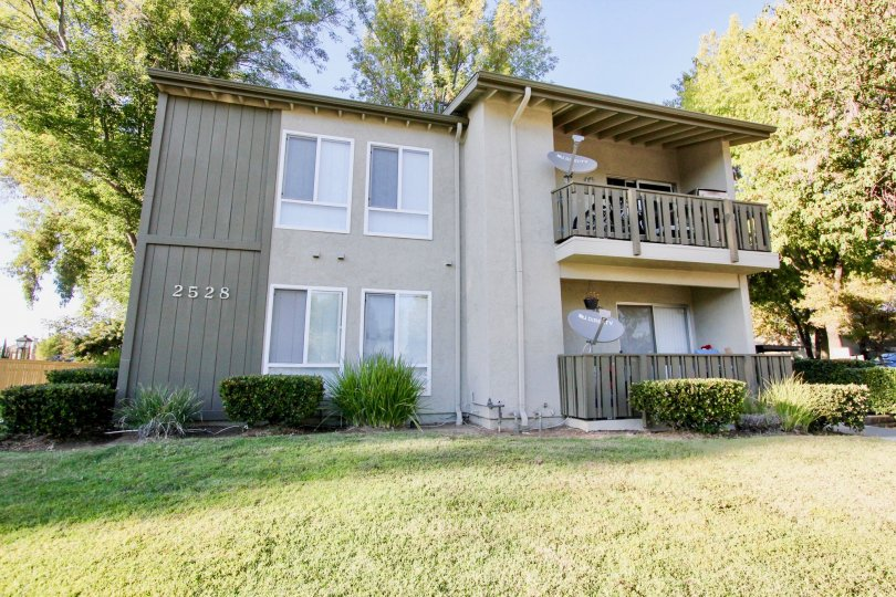 White Oak Estates  ,: Escondido , California, white building,balcony