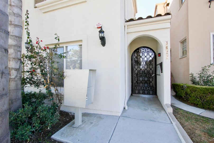 Beautiful Casa Valencia in Hillcrest. Your own front yard, arc entry door and heightened security
