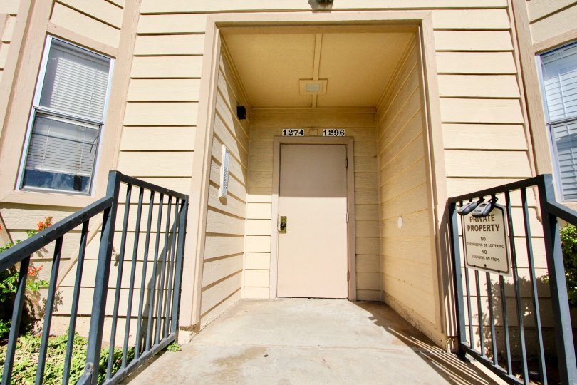 Live comfortably and affordably in Imperial Beach's own Holly Manor outside of San Diego.