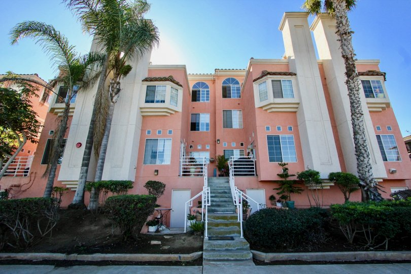 IN Imperial Beach most attractive Seaside Villas comfortable climate and long and clean way and beautiful garden visit with family in weekend