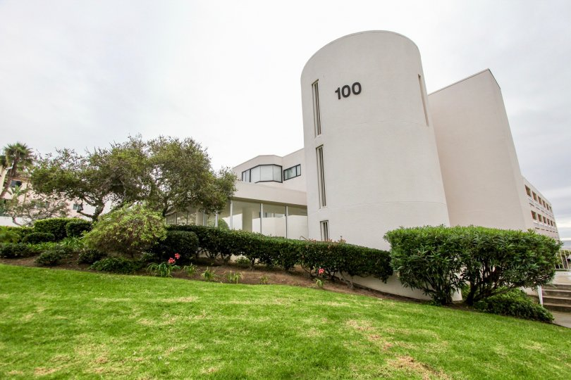 Large white silo style building at 100 Coast in La Jolla California