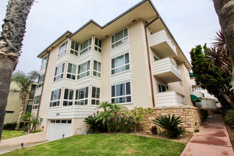 245 Coast, City: La Jolla, backside of a beautiful building with lot of windows