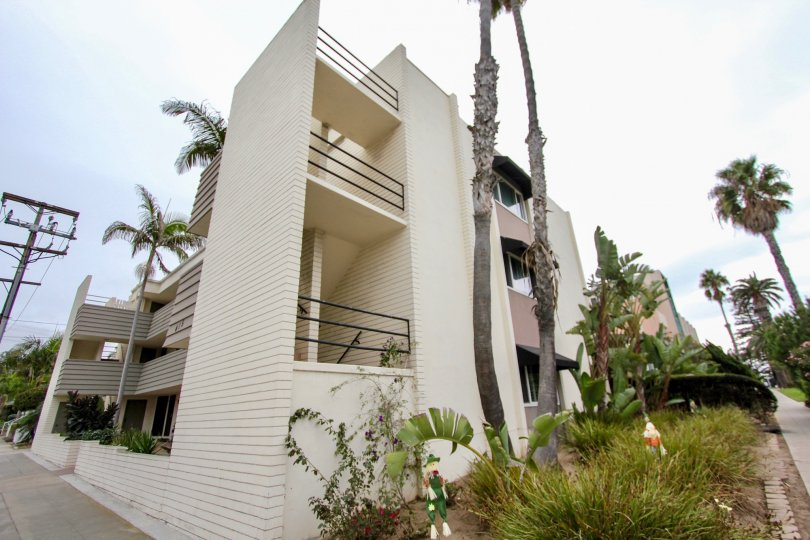 Four story modern style high rise at Fontaine Bleu in La Jolla CA