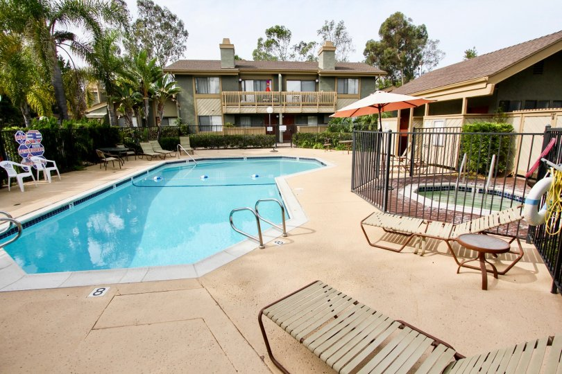 The pool area of the middle class La Jolla Park Villas complex.