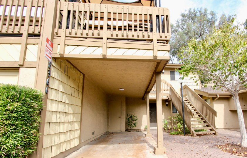 THE 8366 APARTMENT IN THE LA JOLLA PARK VILLAS WITH THE PLANTS, NO PARKING BOARD, UPSTAIRS