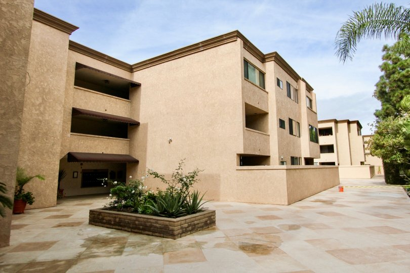 sandpiper is a component of same model houses in la jolla city in ca