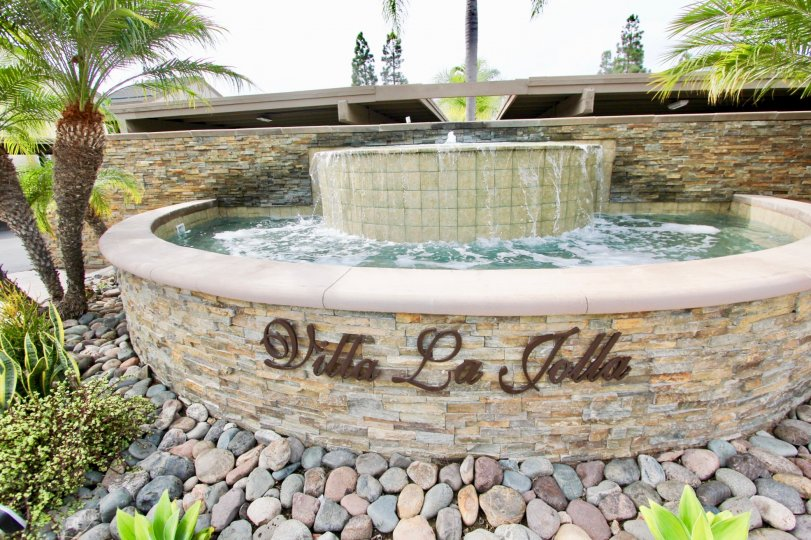 The Water Fountain at the Villa La Jolla and marked the community name with rocks