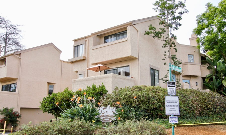 Woodlands South Multi-Level Beige Building La Jolla California