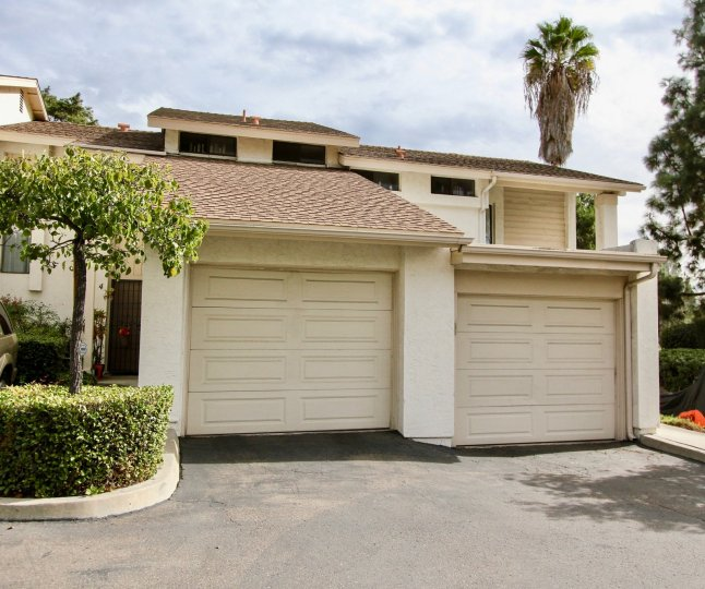Villa with a pleasant view with ample of parking with trees in Hillside Village of La Mesa