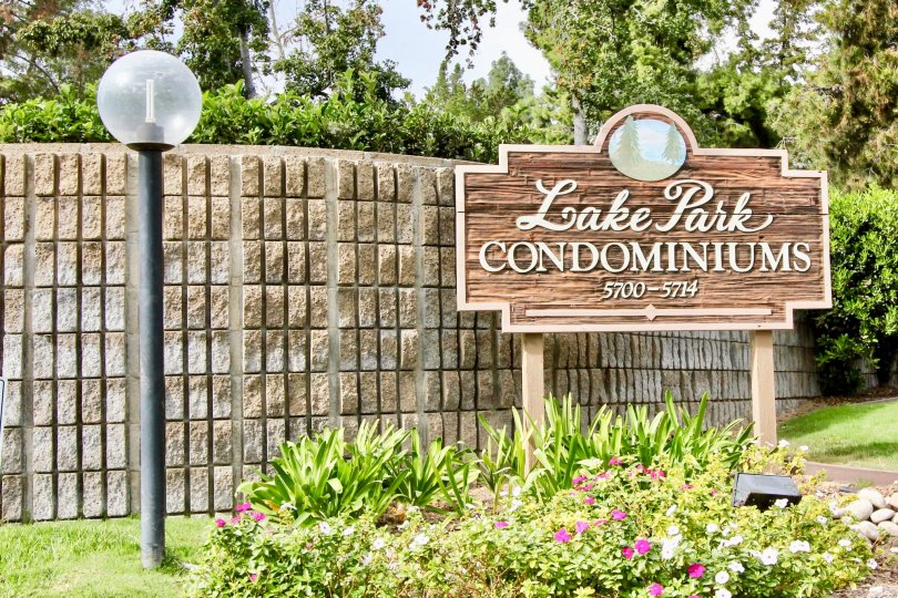 Lake Park with nice greenary and lamp showing in Lake Park of La Mesa