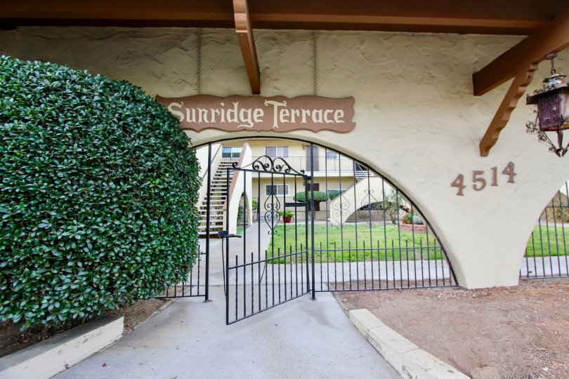 "ALT=""Sunridge Terrace Community at La Mesa in California"""