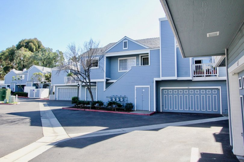 Wonderful Blue colour villa in Canyon Colony with a road point in Mira Mesa