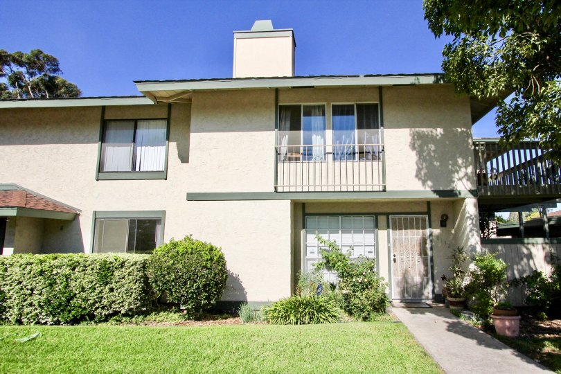 Located in the friendly neighborhood of Quest in the city  of Mira Mesa.