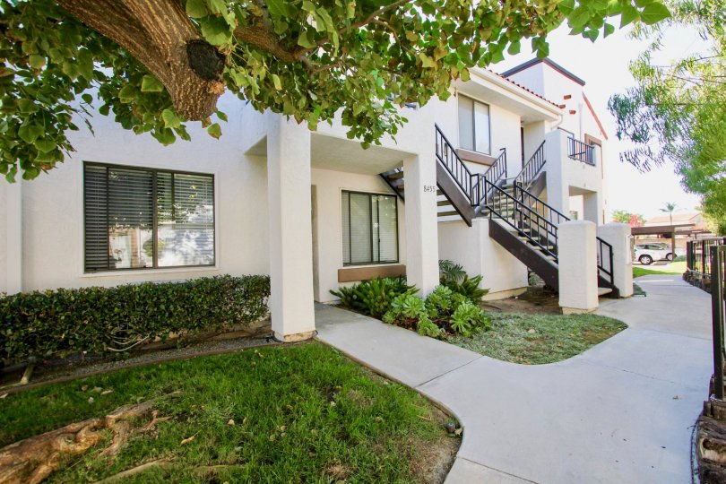 Beautifully maintained community of Villas at New Salem in Mira Mesa, California.