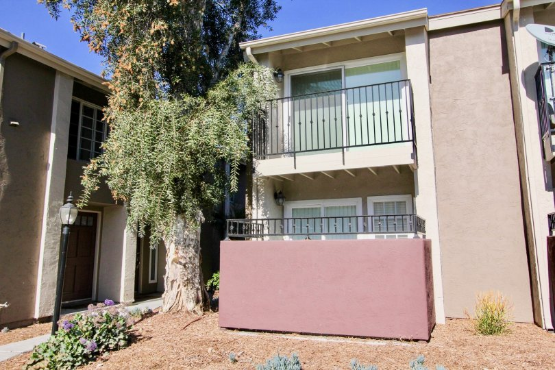 Windsor Park Apartments with private balconies in Mira Mesa, California