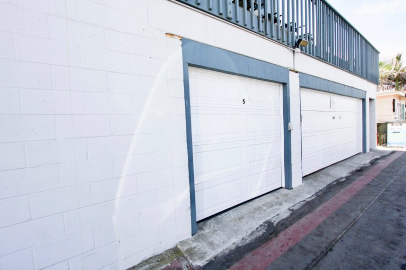 Garage stalls at 2990 Mission in Mission Beach, California