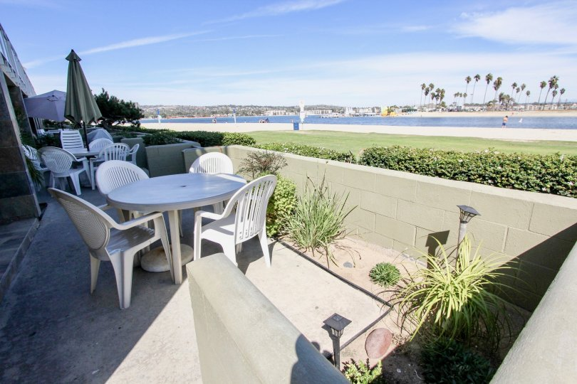 A sunny day near the beach at the Franklin Shores residences, Mission Beach, California