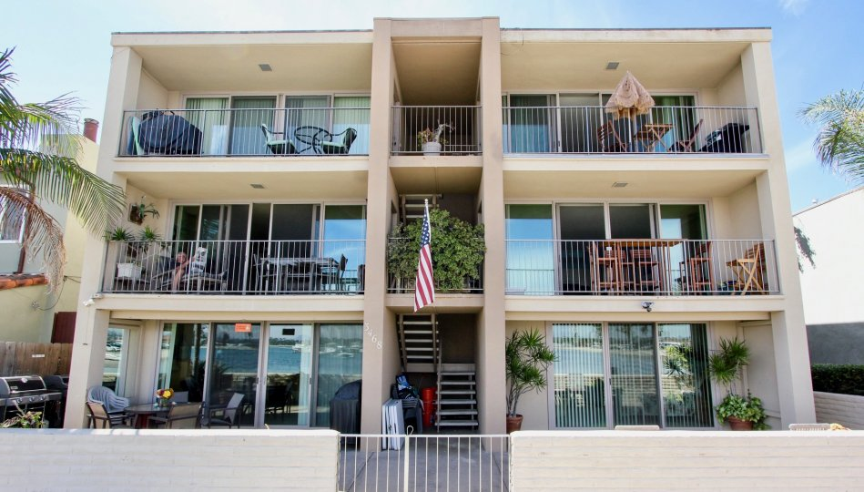 Mission Beach has always been a destination for all travelers seeking warm weather, beautiful beaches and family friendly entertainment. Over the years Mission Beach has been filled with bungalows strung along and connected by the Mission Beach boardwalk.
